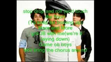 Jonas Brothers - Brurnin Up With Lyrics