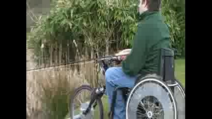 Adrenalin junky bungees in a wheelchair. 1st one to the canyonswing. No limits!