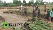 Индия: Гуджарат е опустошен, 100 души убити по време на наводненията