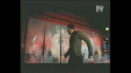 Enrique Iglesias - Rhythm Devine