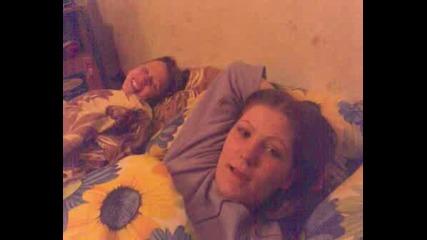 Приятелката Ми Не Може Да Каже Еклер Мн Сладко :)