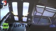 САЩ: Шофьор на автобус, без предпазен колан, се разбива в железопътни линии