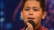 12 годишно момче пее страхотно
