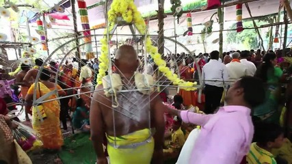 India: Thaipusam worshippers pierce themselves with skewers in act of devotion *GRAPHIC*