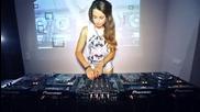 Готина Диджейка ! Dj Juicy M - Mixing