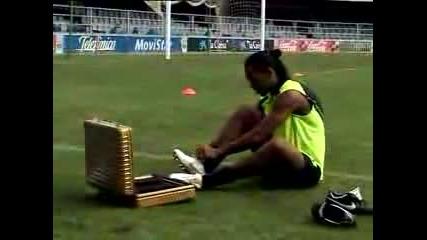 Ronaldinho-_touch_of_gold