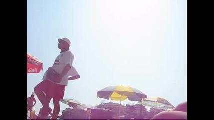 Глупаци продават Царевица на плажа (смях)