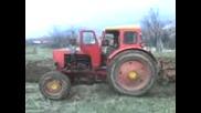 Трактор Т - 40 Оре И Буксува Много Яко 2
