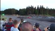 Ферари 458 се състезава със стар Пасат. Ще се изненадате кой ще победи