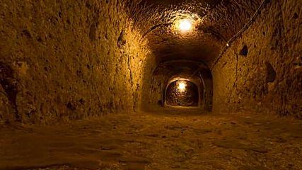 Тайните на подземния град Деринкую в Турция