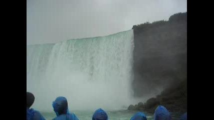 Канадската Част На Ниагарския Водопад
