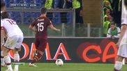 Пянич и Тоти правят каквото си искат с отбраната на Милан