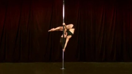 Pole Lesson - Aysha