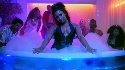 Demi Lovato - Sorry Not Sorry (Оfficial video)