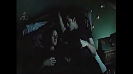 Edward & Bella - Hurry up and save me