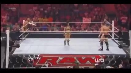 Cm Punk Aj Lee vs Kane Daniel Bryan - Wwe Raw 11-06-12 (aj Kisses Kane)