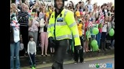 Смях на макс ! Танцуващия мото полицай