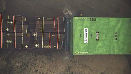 При този удар между тези два тежки камиона, шанса за оцеляване на шофьора е точно 0%!
