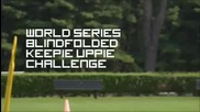 Роналдиньо прави 44 крачета със завързани очи