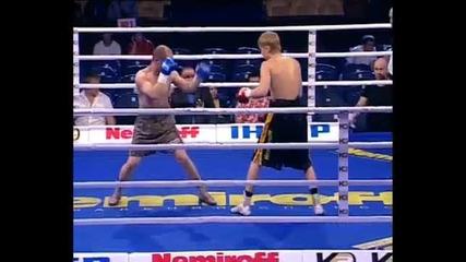 Изгряващата боксова звезда Александр Спирко