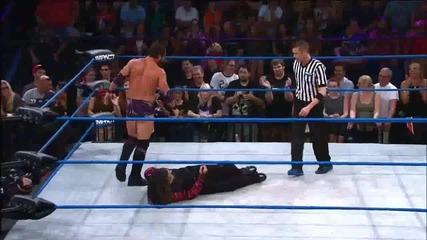 Hardy побеждава Aries отново и запазва титлата си! ^^ - Dec. 20, 2012