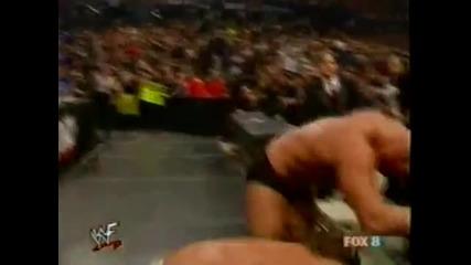 Стив Остин срещу Крис Беноа - [ Smackdown 2001 ]