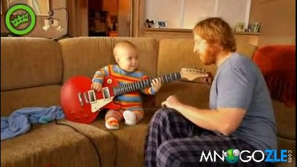 Това бебе е много лудо ! Ще се уверите сами..