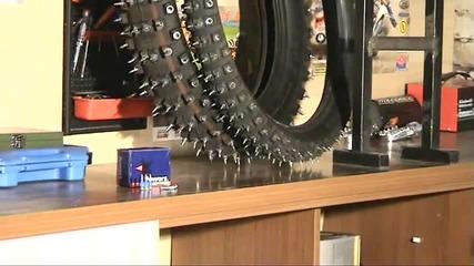 Как да си направим гуми с шипове за лед и сняг