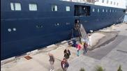 Антарктически кораб ветеран акостира във Варна