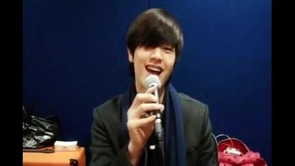 Yook Sungjae (btob) Sing Seo Inguk's Song ^^