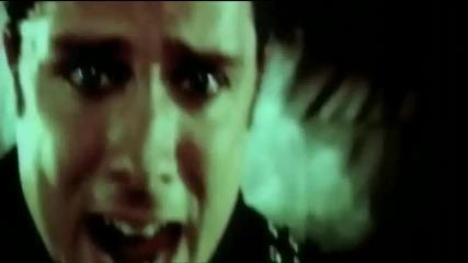 Skillet - Whispers in the Dark (шепоти в Мрака) + Превод