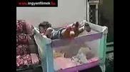 Много смешни пребивания с бебета