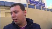 Полицаите в Благоевград протестираха, раздаваха карамфили