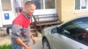 Ето Как Се Отваря Toyota Corolla Без Ключ За 2 Секунди!
