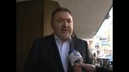 Председателят на СДС Емил Кабаиванов разяснява целите на партията с референдума за пушенето на закрито