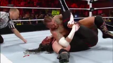The Shield пребиват Kane, Daniel Bryan, и Ryback, също Punk помага на Shield !!