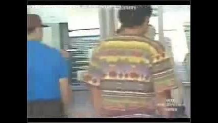 Ето какво се случва, когато мъж хвърли в кофата за боклук печелиш билет за няколко милиона !