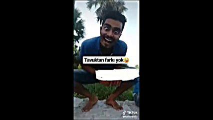Tavuk Taklidi Yapan Adam 2019 Hd