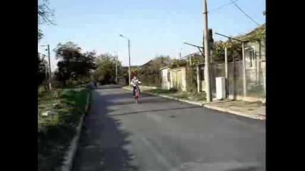 mitaka extreme attack stunt by bike vbox7