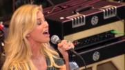 Faith Hill - Red Umbrella [Live] (Оfficial video)