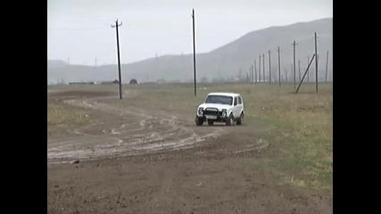 Drift s Lada Niva