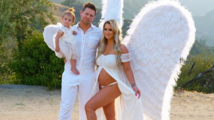 Miz and Maryse pull out all the stops for family photoshoot: Miz & Mrs., Feb. 26, 2020