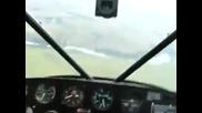 Пилот се преструва, че е припаднал и ... вижте ефекта :)