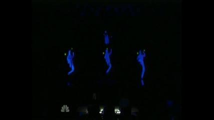 Америка търси талант - Гравитацията