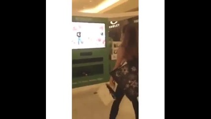 Ariana Grandes Instagram - Just Dance xbox one The Way (low)