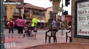 """"""" Дух """" бута стол ,стряска хората по улицата"""