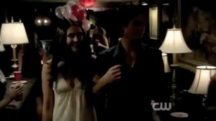 Damon and Elena - Run