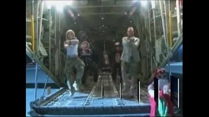 """Британски военни от Афганистан танцуваха """"Гангнам стайл"""" с благотворителна цел"""