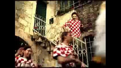 Ozujsko pivo - Евро 2008 хърватска реклама - Увек верни