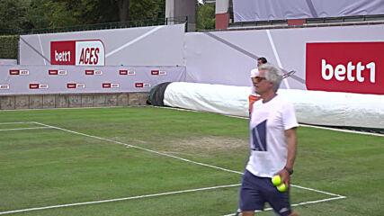 Germany: Spectators arrive for pro tennis tournament in Berlin